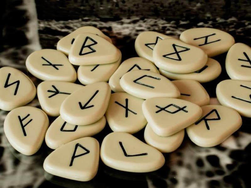 Las runas: Qué son y para qué se utilizan